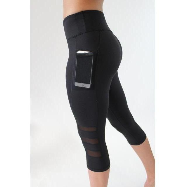 Mesh Ventilated Phone Pocket Capri Leggings
