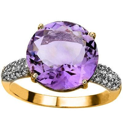 MESMERIZING 5.45 CARAT TW (31 PCS) AMETHYST & GENUINE DIAMOND 10K SOLID YELLOW GOLD RING