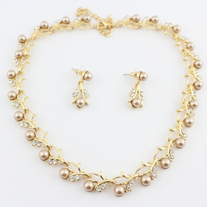 jiayijiaduo Hot Imitation Pearl Wedding necklace earring set Bridal  jewelry set for women Elegant Party Gift Fashion Costume