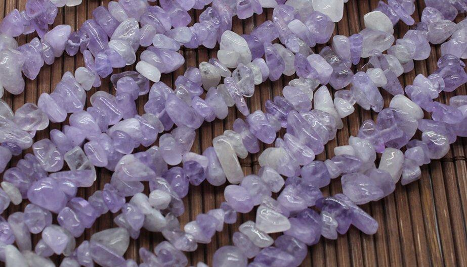 Purple stone strand chip bead