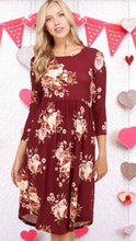 Load image into Gallery viewer, Noelle Floral Dress