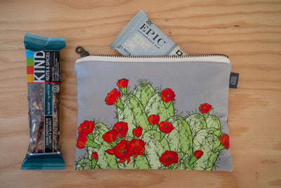 Hedgehog Cactus Gray Zipper Pouch