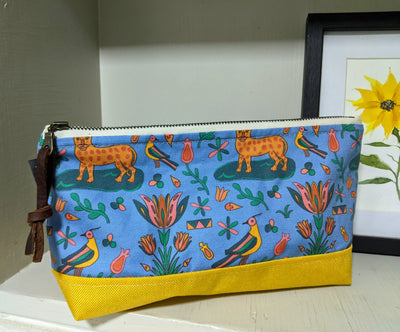 Heirloom Makeup Bag - Waterproof Lining