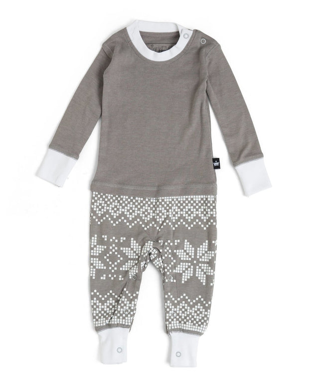 Gray Snowflake Infant Pajama Romper (Style A)