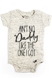 Ain't No Daddy Oatmeal V-Neck Bodysuit