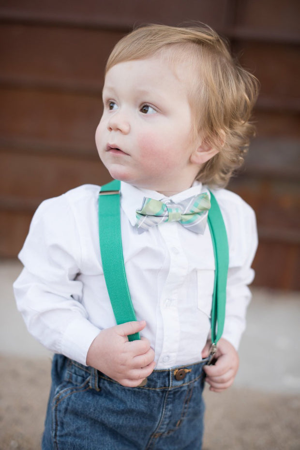 Shamrock Plaid Bow Tie (Boys and Men)