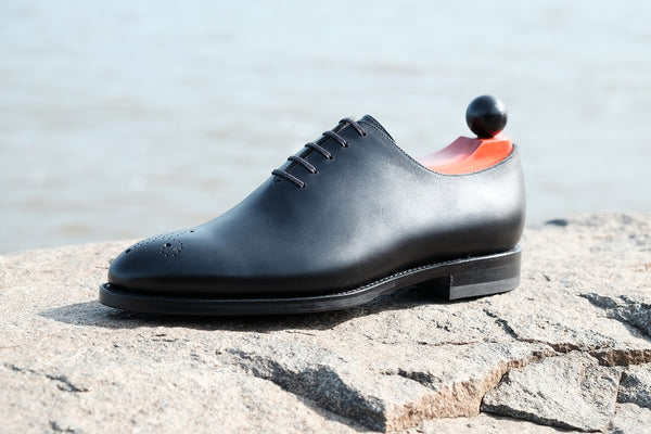 Crescent PreSale - Black Calf