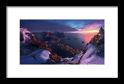 files/3-minutes-before-sunrise-max-rive.jpg