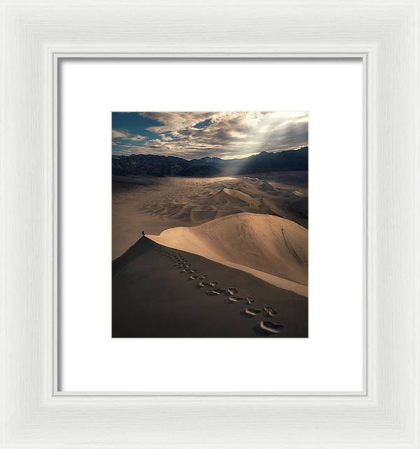 The Desert Summit - Framed Print