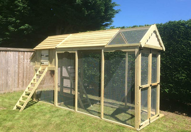 Large Acres Cottage Walk in Chicken Run With Coop