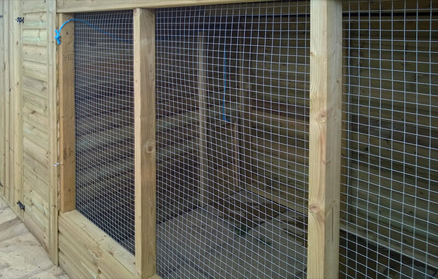 The Edmond Walk in Dog Kennel – 10ft - Insulated