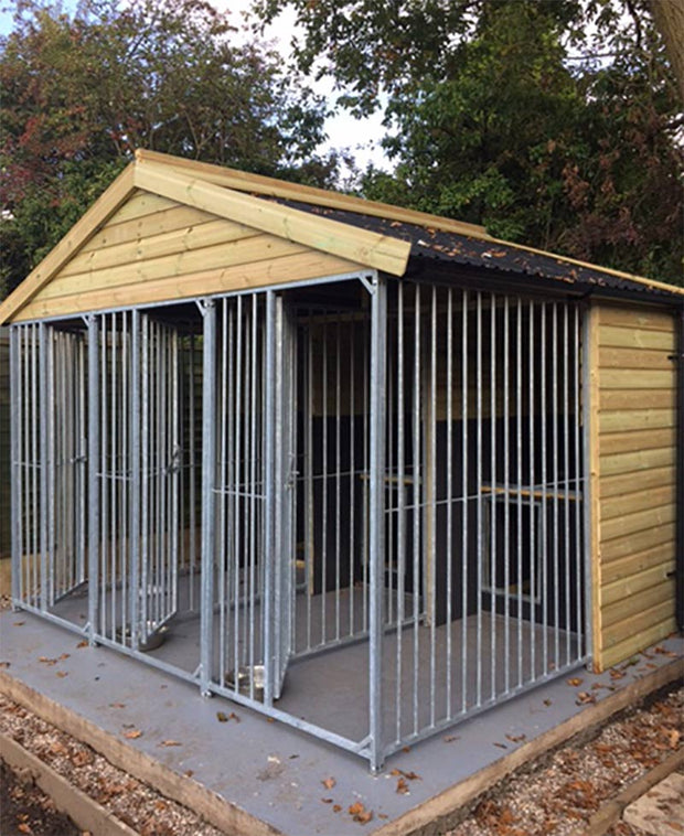 Willow Gun Dog Kennel – With Dog Pods - Insulated - 3 Kennel Bays