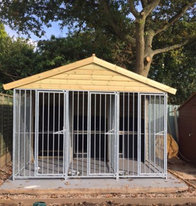 Willow Gun Dog Kennel – With Dog Pods - Insulated - 4 Kennel Bays