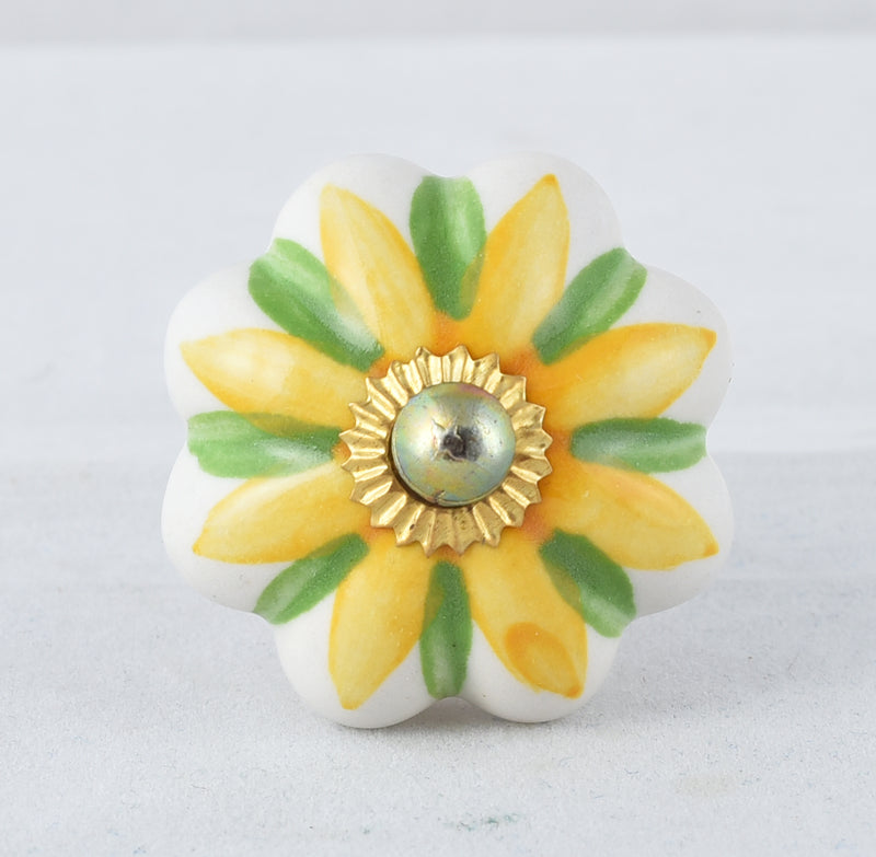 Designer knobs (yellow and green)