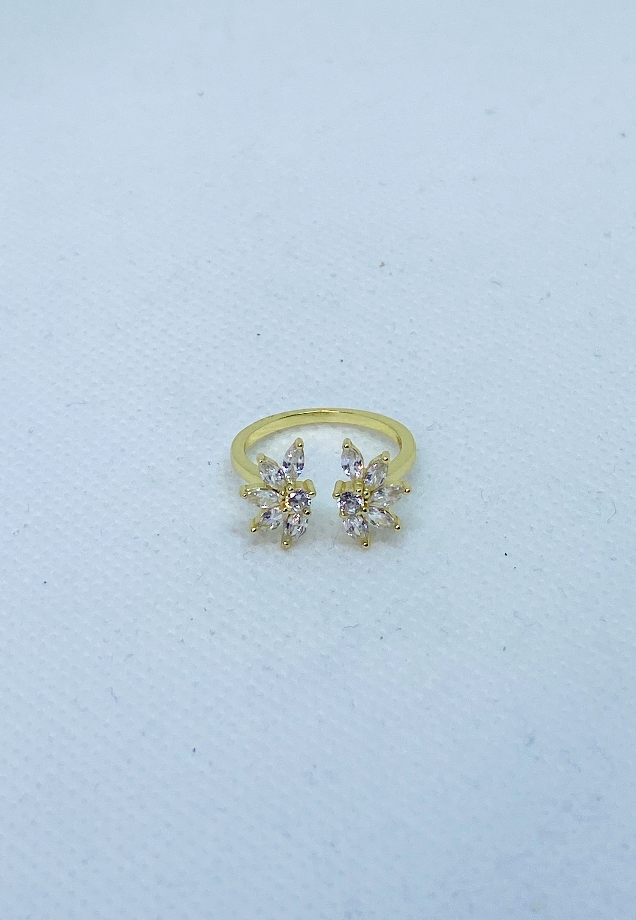 Glamorous Adjustable Ring