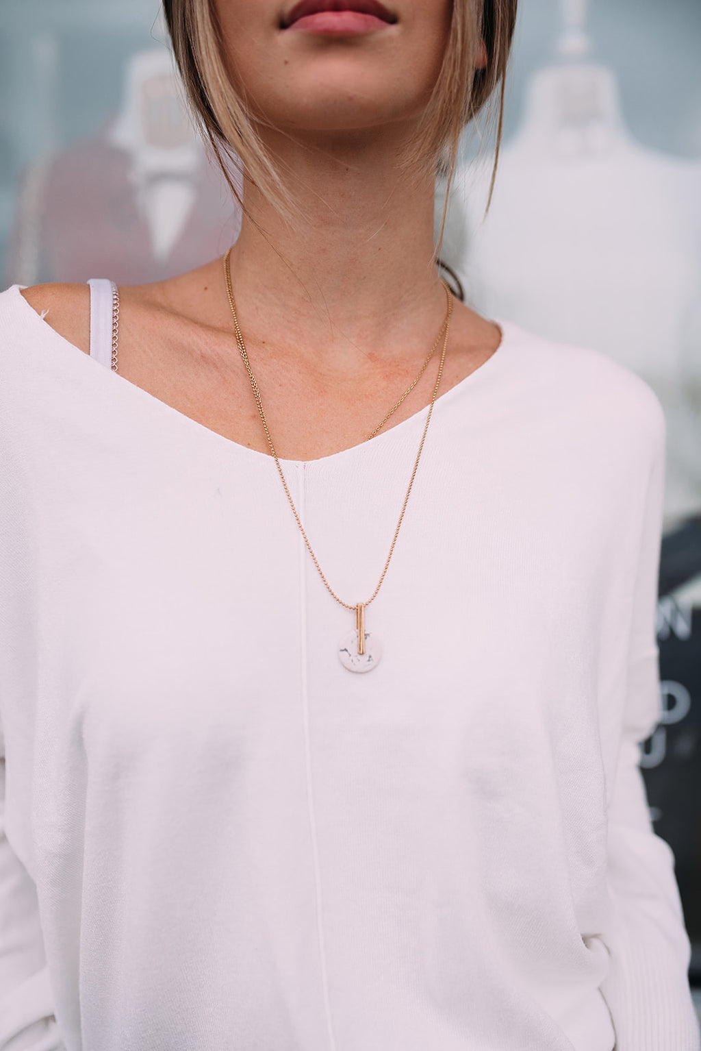 Marble Bar & Circle Necklace