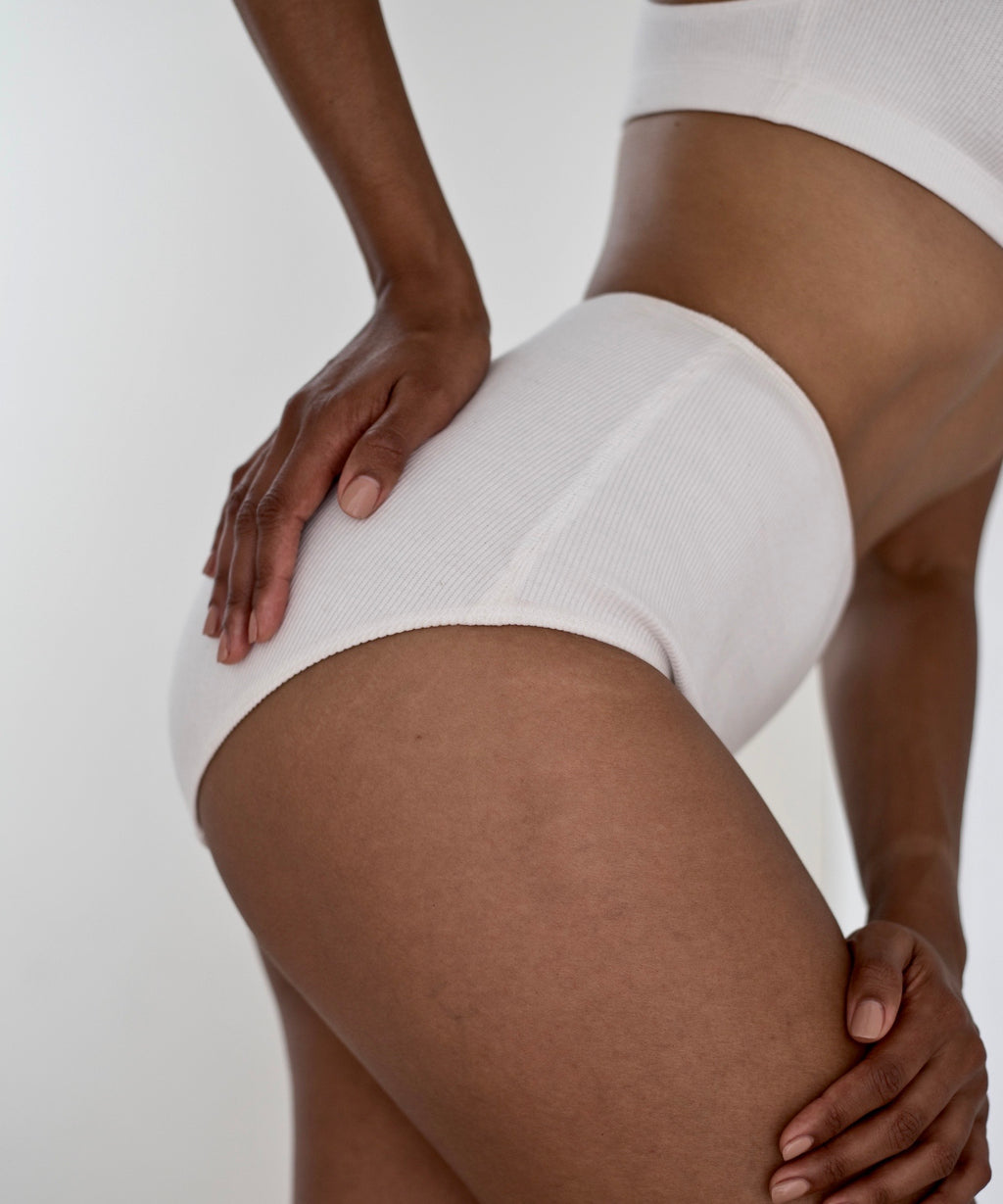 High-waisted ribbed briefs