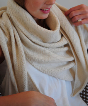 boujo-hake-recyceld-cashmere-summer-scarf-oversized-sustainable