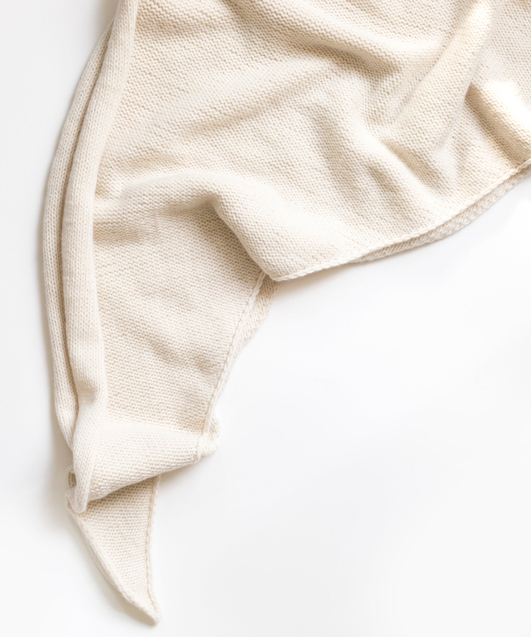 Oversized Triangle Scarf (Recycled Cashmere)