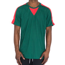 Load image into Gallery viewer, QUICK-DRY ATHLETIC TEE - GREEN/RED - FXN menswear