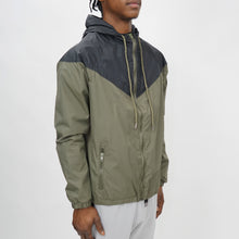 Load image into Gallery viewer, COLORBLOCK WINDBREAKER - BLACK/OLIVE - FXN menswear