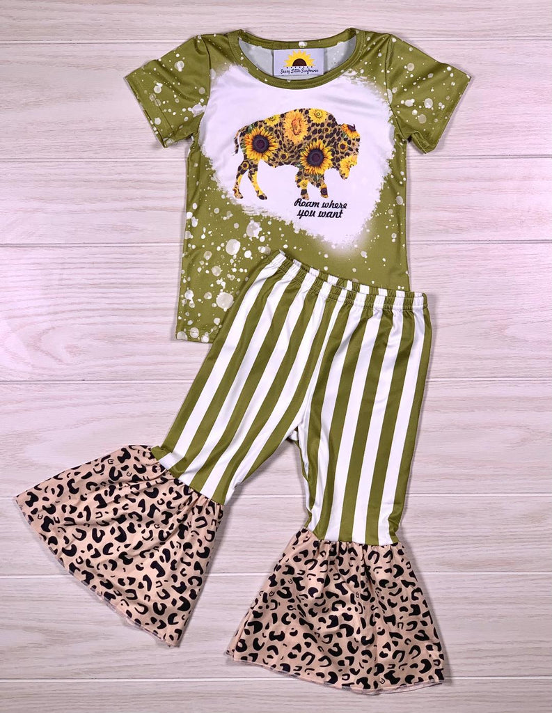 Green Stripe Cheetah Bell & Buffalo Shirt Set