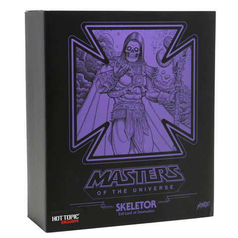 Mondo MOTU masters of the universe Skeletor Hot topic exclusive glow in the dark box package front
