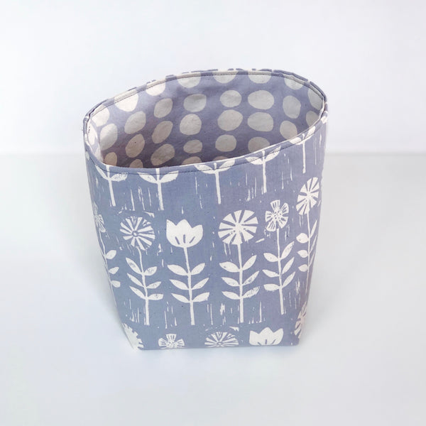 Medium cloth basket - grey and white