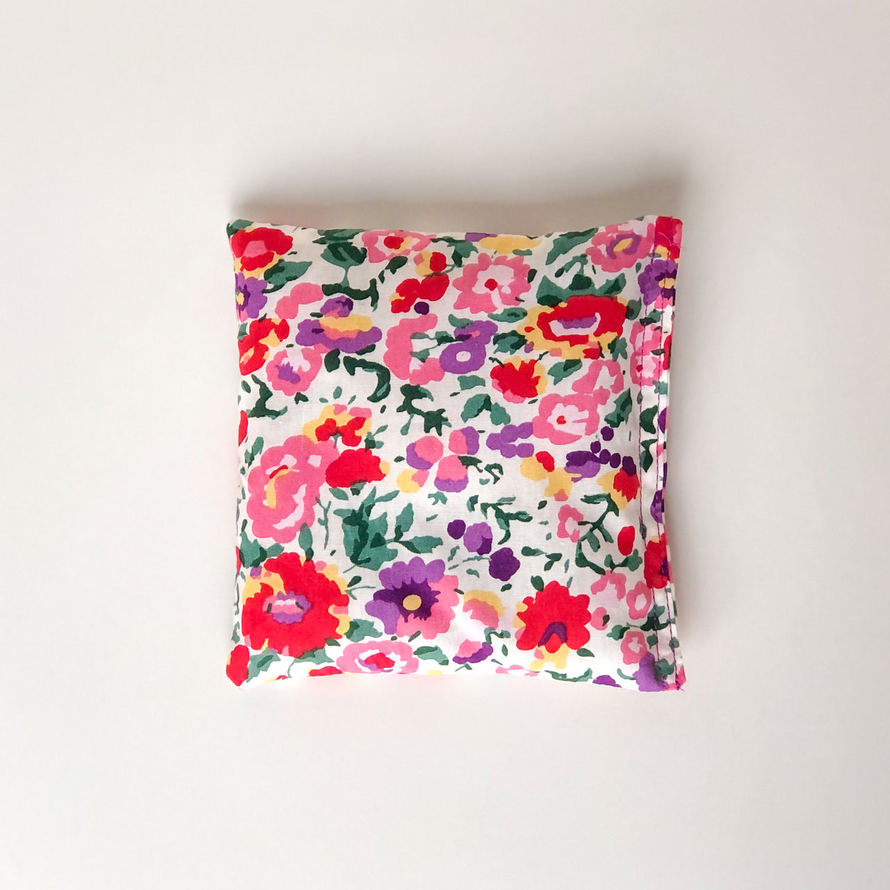 Lavender pillow - floral garden chill