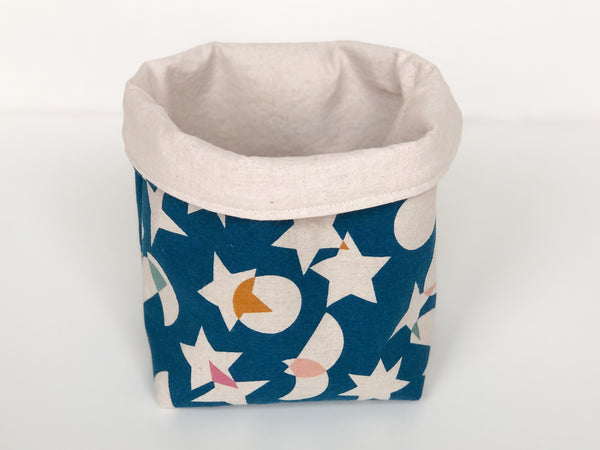 Medium cloth basket - shapes and colors