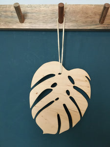 HANGING MONSTERA BOTANICAL LEAF