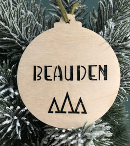 NAME TREE DESIGN BAUBLE