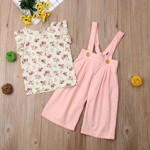 Floral Print Top and Overalls | THE ESSENTIAL