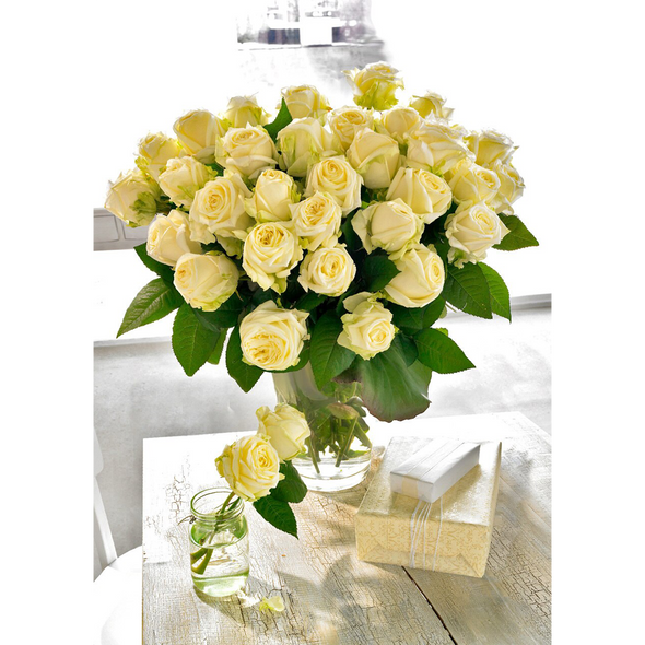 White Roses in a glass vase - 3D Lenticular Postcard Greeting Card