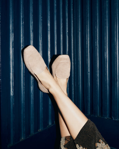 Elaine loafers in beige suede in large sizes