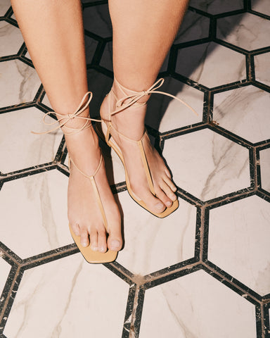 Fleur sandals in beige leather in large sizes