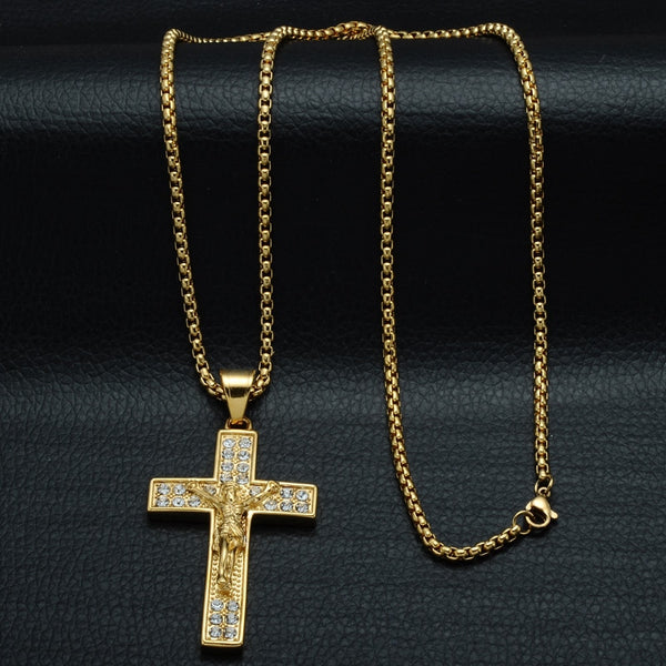 Crucifix Jesus Lovers! Pendants & Necklaces Perfect For Christians