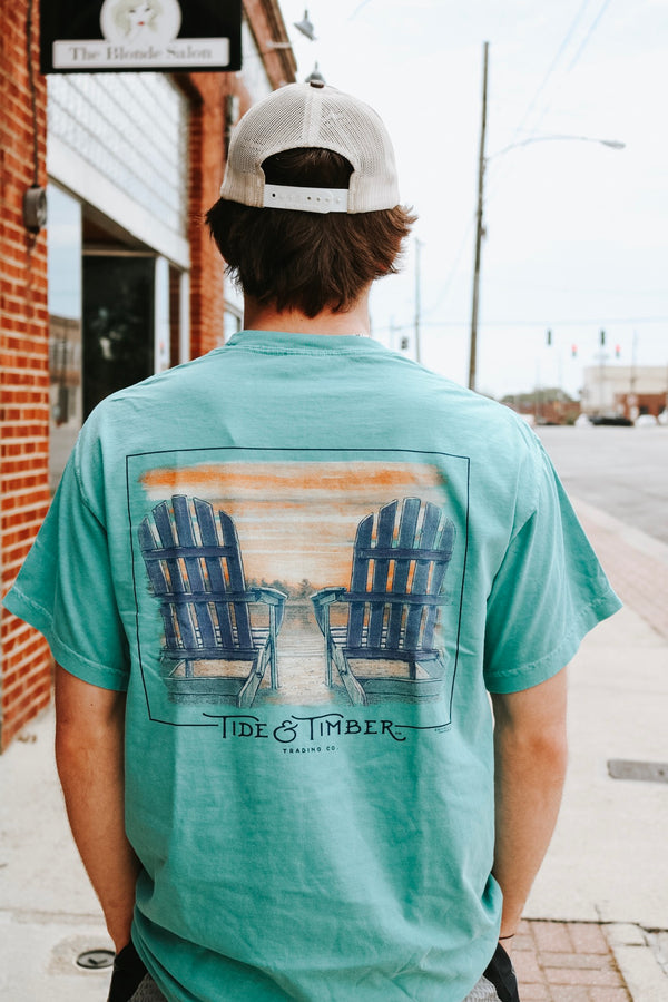 Beachin' Chairs Tee
