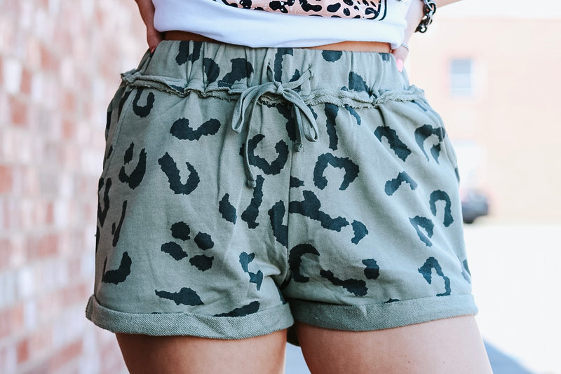 Lilly Leopard Shorts