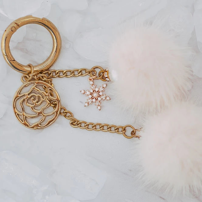 Snowflake key chain - Light pink