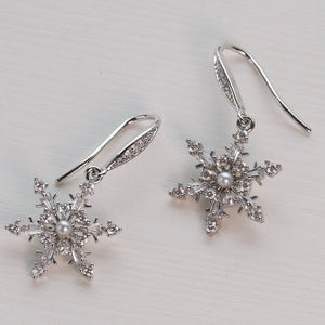 Snowflake Earrings : Silver