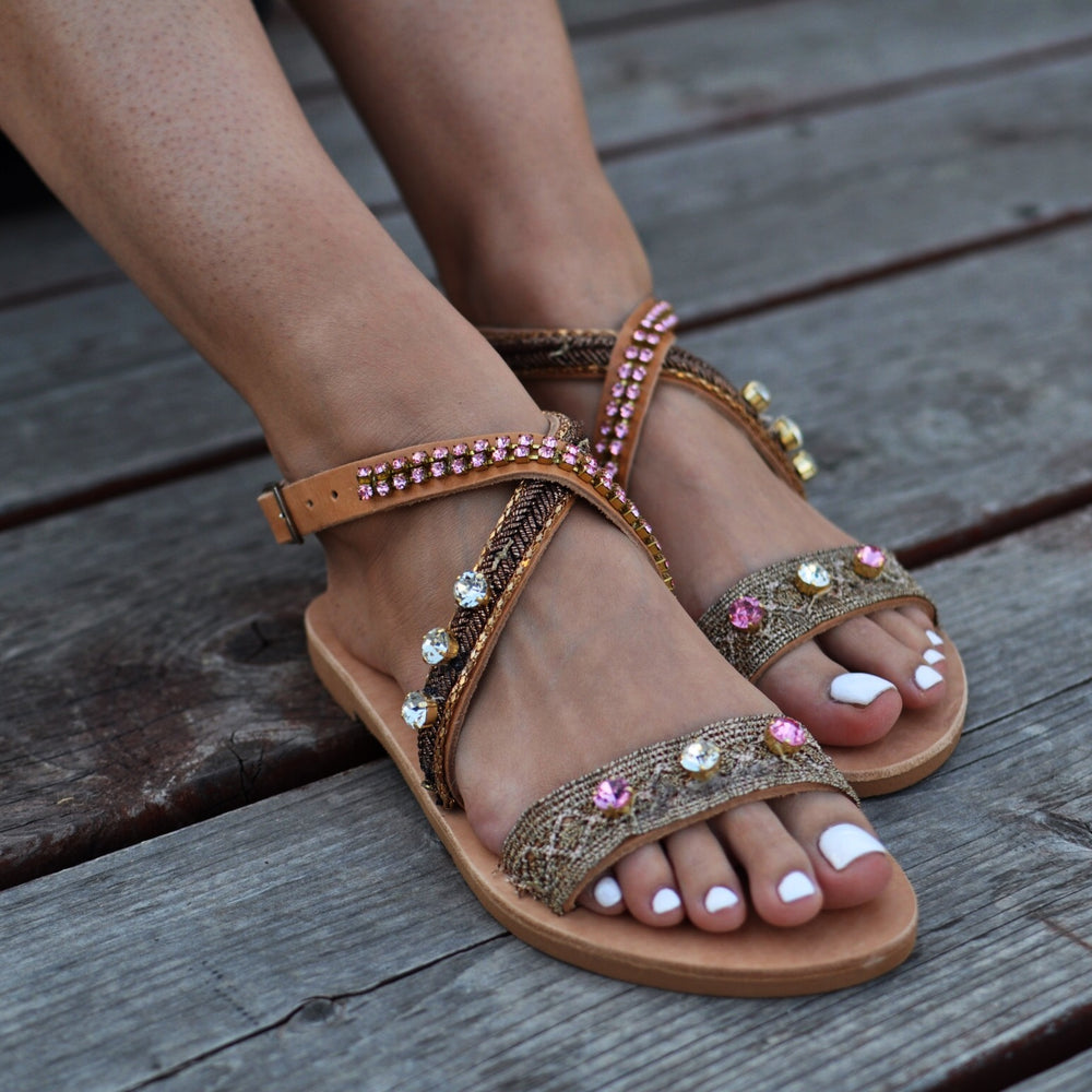 Aria flat sandals made from leather
