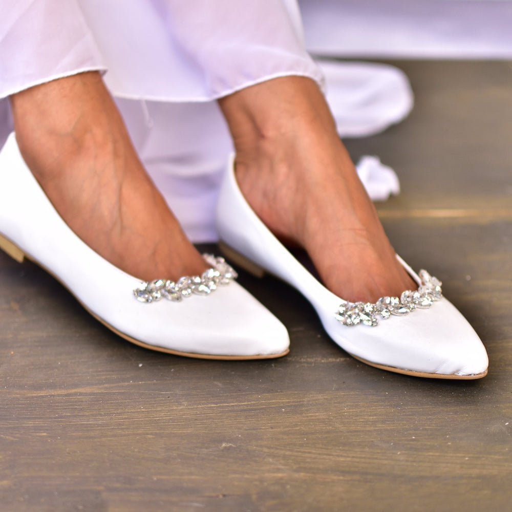 bridal shoes,  wedding shoes white