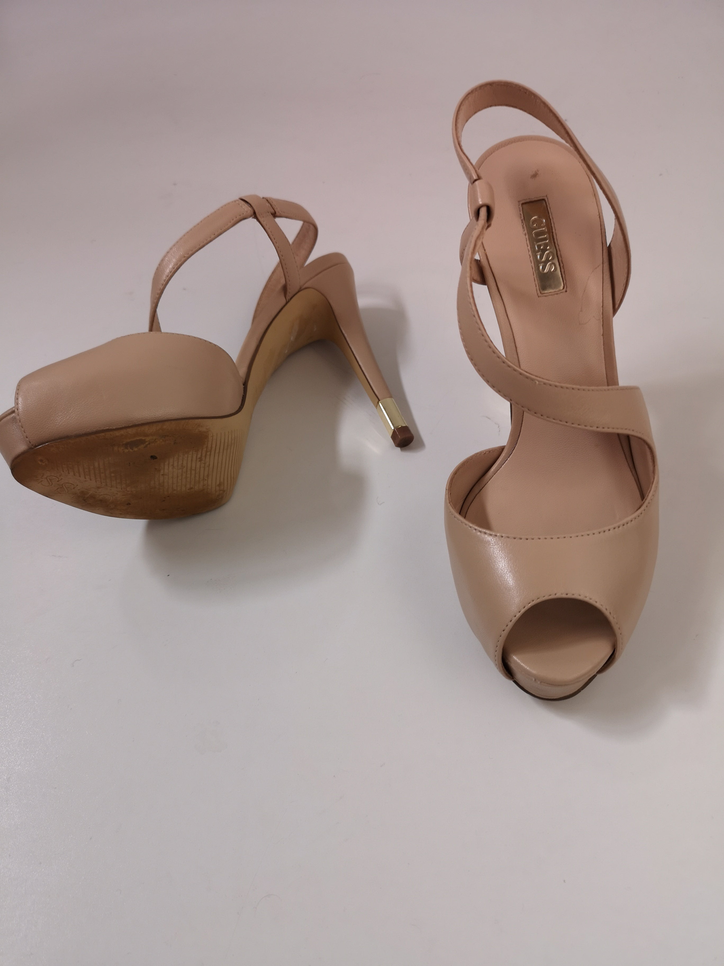 Guess Shoes, UK 4.5