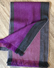 Load image into Gallery viewer, Alpaca Revesible Scarf - Wild Aster