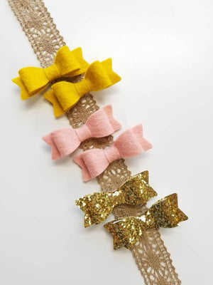 Pigtail clips, Hair Clips, Vanaguelite, custom colors, Piggy tail, Alligator Clips, baby bows, Barrettes Clips.