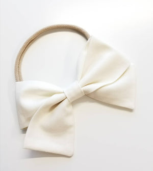 Ivory white, baby Bow, Nylon Headband or Hair Clip, baby headband, baby hair, vanaguelite, alligator clip, baby girl, fabric bow.