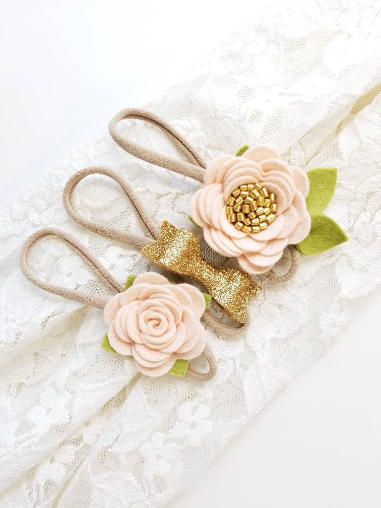 Baby headbands, Blush and gold, Mini Flowers and Bow, Floral headband, vanaguelite, baby bows