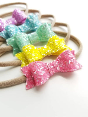 Baby bows and headbands, Sparkly bows, Set of 5, Nylon Headbands, 2 inches, Vanaguelite