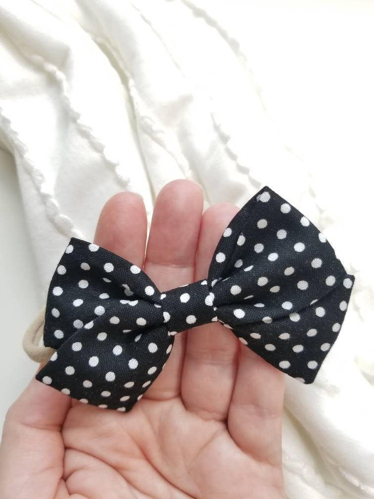 Polka Dot, Black and White, Hand Folded Bow, Nylon Headband or Hair Clip Vanaguelite, Alligator clip, baby headband, infant headband.
